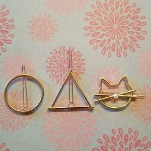 🆕️Gold tone circle, cat & triangle hair clips